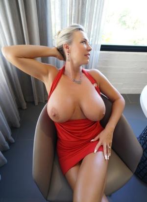 Big Tit Housewife